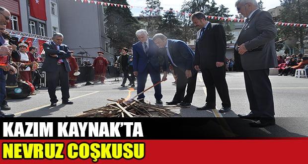 Öğrenciler Nevruz'u ateş üzerinden atlayarak kutladı