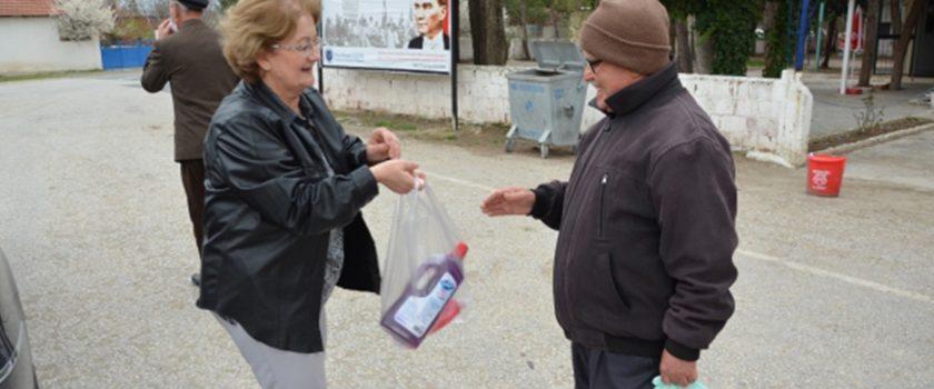 Başkan Çelik, geliri olmayan vatandaşlarının içini rahatlattı