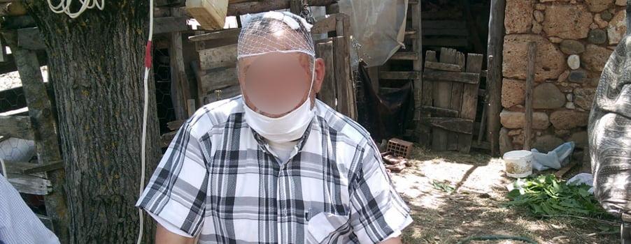 Baba-oğul, yaşlı adamı evinden kaçırıp feci şekilde darp ettiler