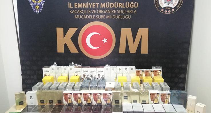 Kaçak parfüm satmak isterken yakalandı